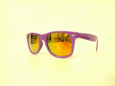 Sunglasses type wayfarer colored plastic unisex